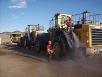 Heavy Equipment Cleaning 01